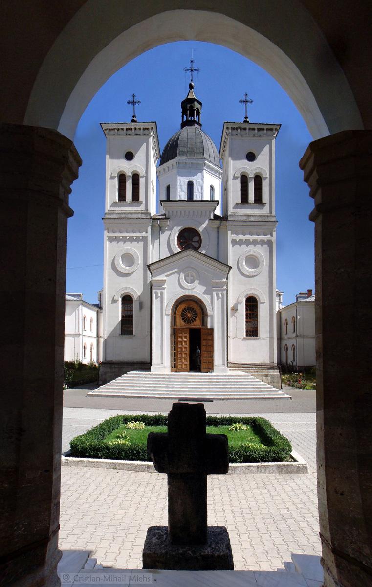 7_Manastirea Bistrita Valcea